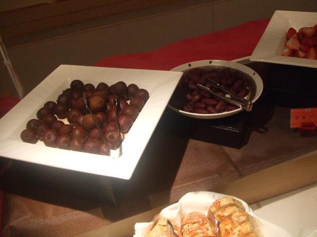 パレスホテル大宮 パルテール チョコレートスイーツブッフェ_f0076001_2331145.jpg