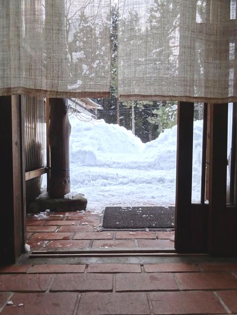 雪寄せ_a0233551_08742.jpg