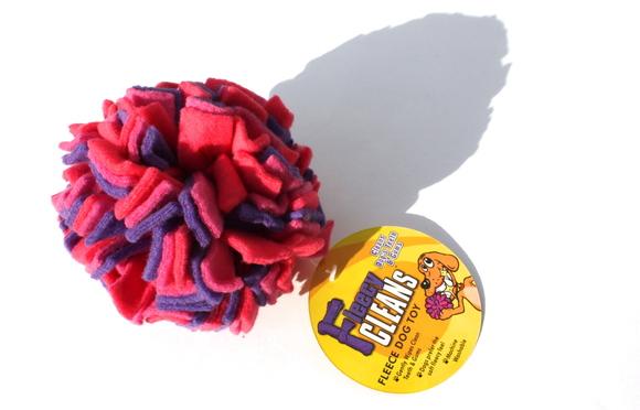 The Kyjen Fleecy Clean Balll カイジェン フリーシー クリーン ボール_d0217958_14574095.jpg