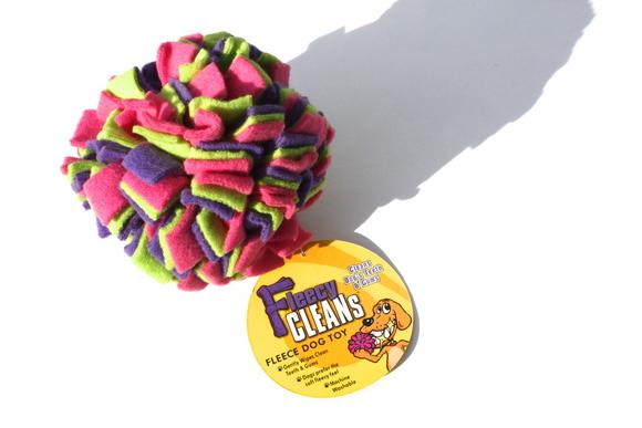 The Kyjen Fleecy Clean Balll カイジェン フリーシー クリーン ボール_d0217958_14583756.jpg
