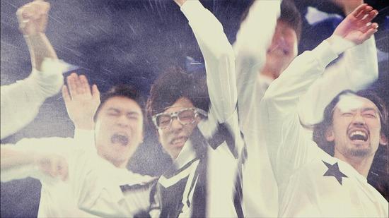 SCANDAL 幻のライヴ曲「プレイボーイ」のミュージックビデオが完成_e0197970_133974.jpg