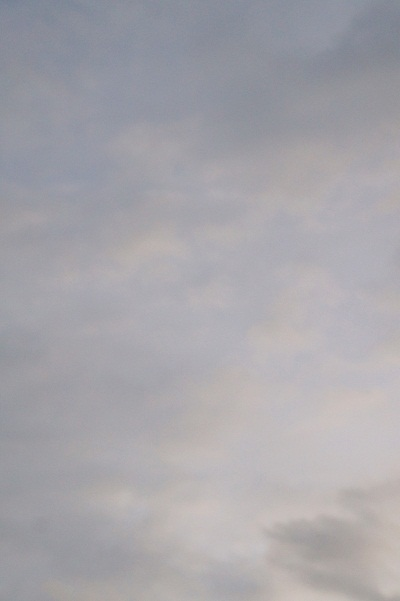 さっきまで月があった空_a0292060_18585723.jpg