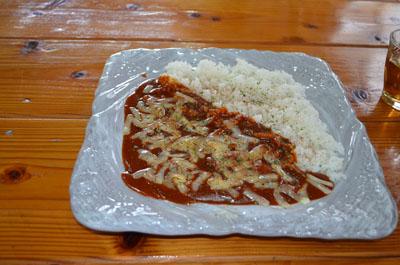 飯屋「たづき」さんのチーズハヤシライス_e0028387_22442864.jpg