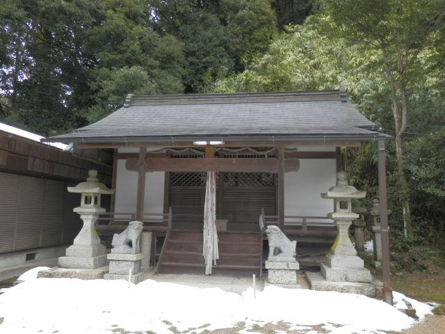 桜井市、白河の秉田神社_a0237937_20502028.jpg