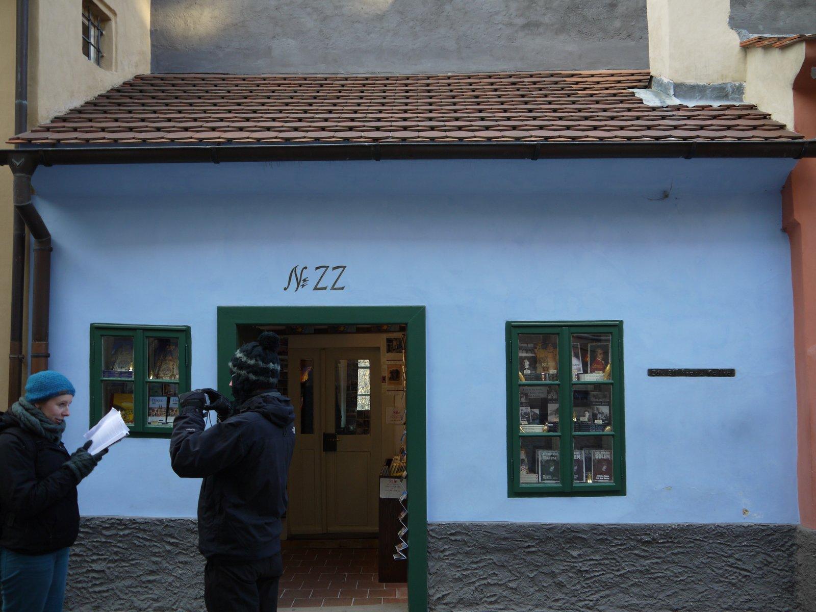 プラハ 4 プラハ城 黄金の小路_a0092659_227265.jpg
