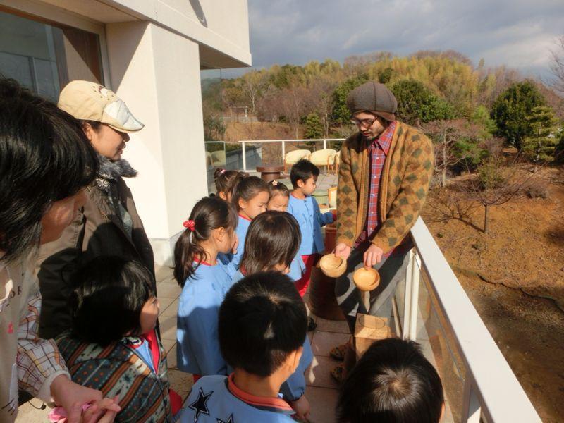 若手アーティストクラフト展「伊豆互展」へ園外保育に行ってきました!_b0188106_2150617.jpg