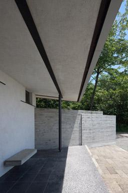 """新建築「住宅特集」1月号に """"風の家"""" が掲載されました_f0001829_13281366.jpg"""