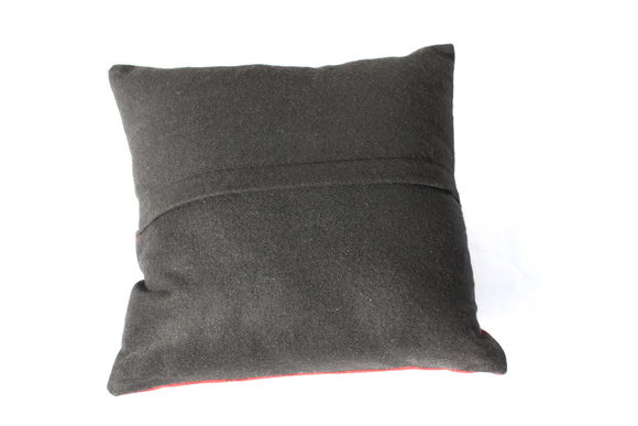 Chandler 4 Corneres Lab Scarf Pillow チャンドラー ラブ スカーフ ピロー_d0217958_13441100.jpg