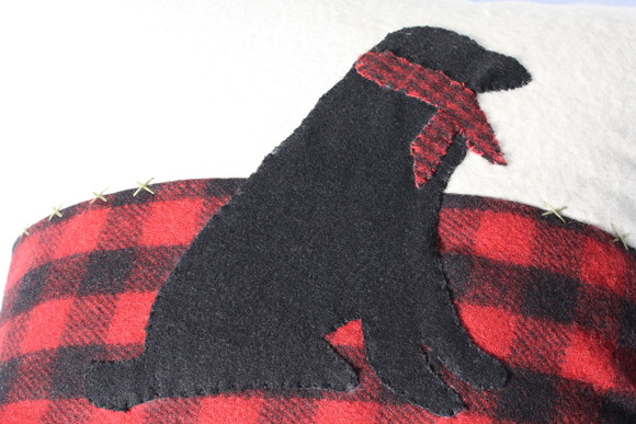 Chandler 4 Corneres Lab Scarf Pillow チャンドラー ラブ スカーフ ピロー_d0217958_134718.jpg