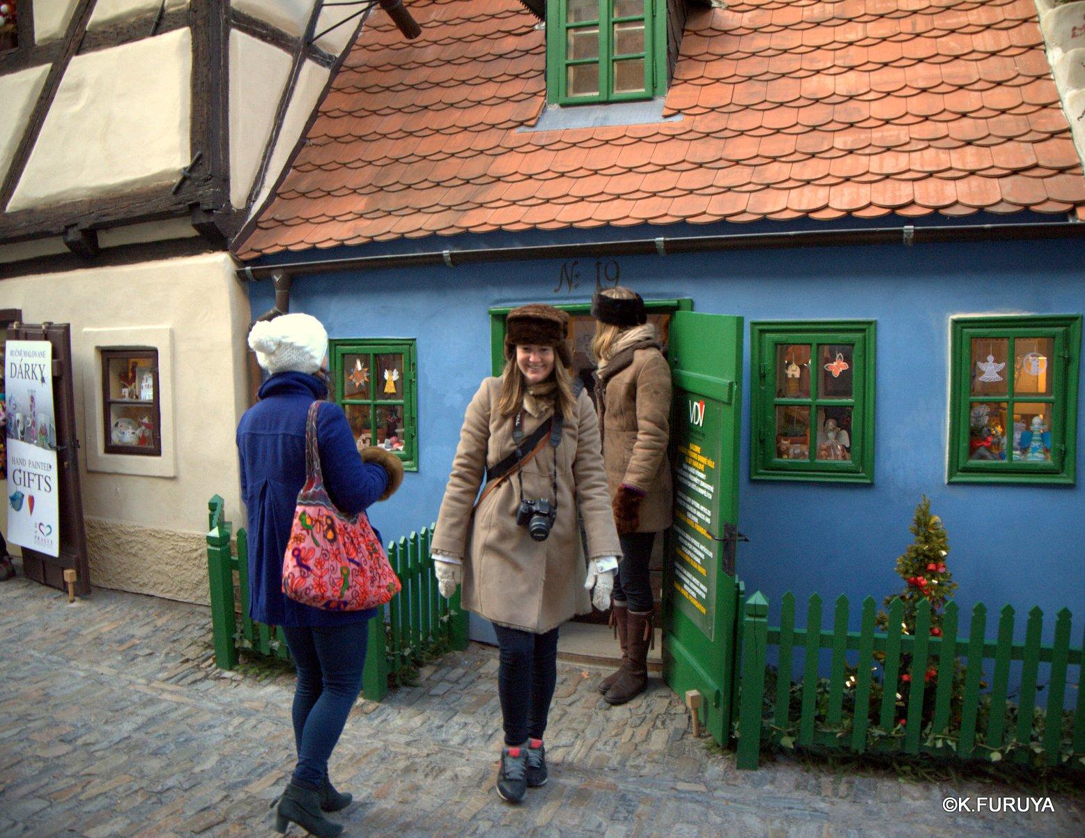 プラハ 4 プラハ城 黄金の小路_a0092659_14272818.jpg