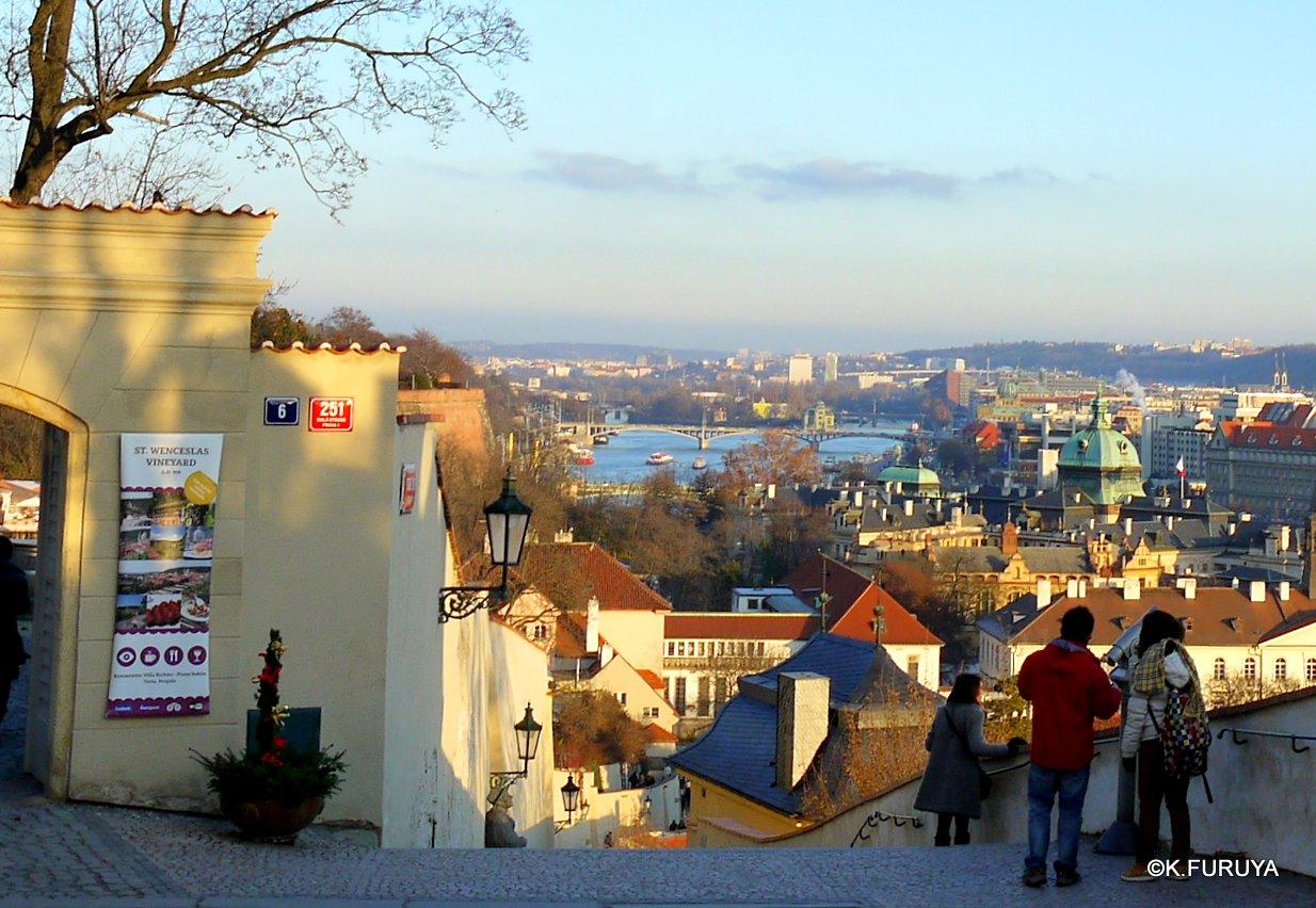 プラハ 4 プラハ城 黄金の小路_a0092659_1553254.jpg