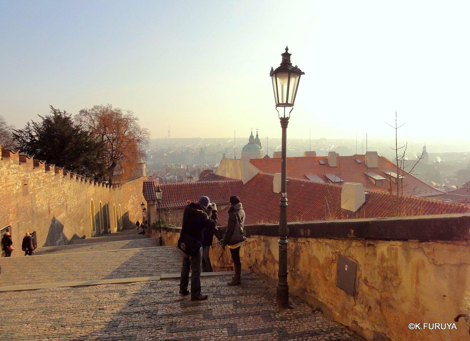 プラハ 4 プラハ城 黄金の小路_a0092659_1555487.jpg