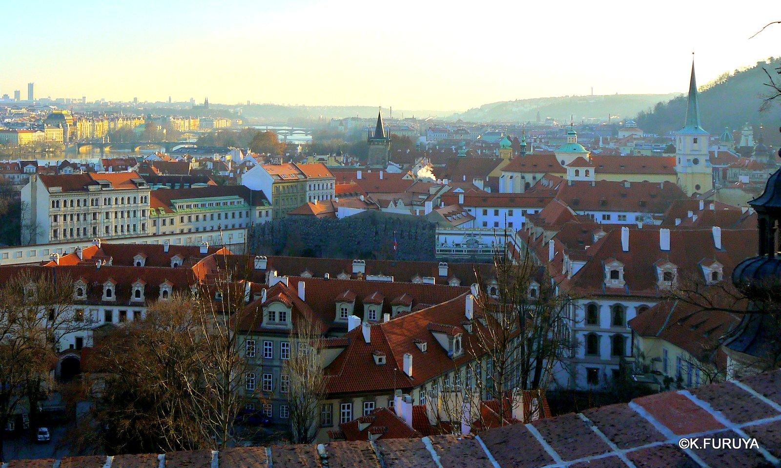 プラハ 4 プラハ城 黄金の小路_a0092659_1562219.jpg