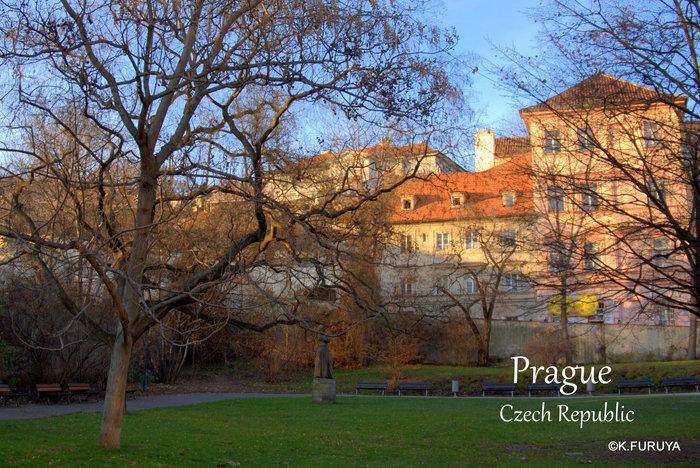 プラハ 4 プラハ城 黄金の小路_a0092659_2101773.jpg