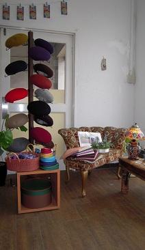 今回は、手作りアクセサリーショップ 「sasora」さんと ワクワクベレー帽作り_d0189661_17271066.jpg
