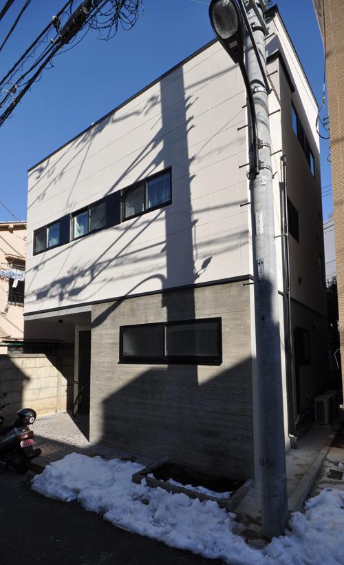 大久保の集合住宅_f0089270_191133.jpg