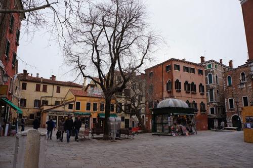 ヴェネツィア料理、レバーの玉ねぎ風味~La Bottega ai Promessi Sposi_f0106597_20435744.jpg