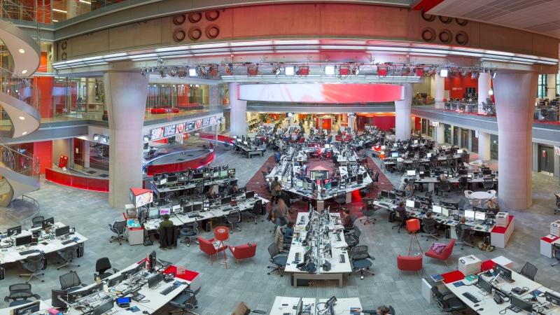 世界を俯瞰するニュースを発信 -英BBCの新ニュースルーム訪問記(1)_c0016826_17304378.jpg