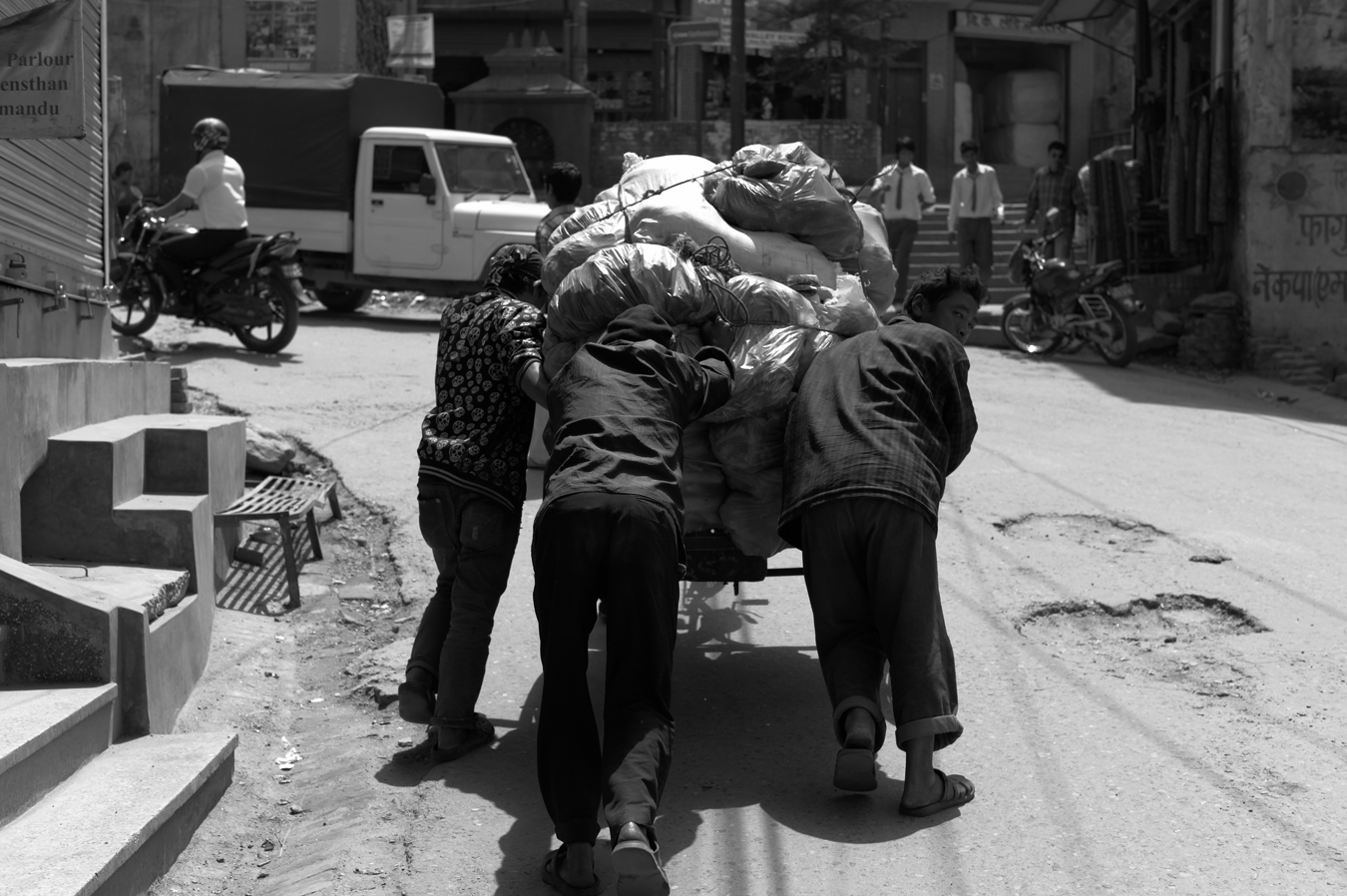 Kathmandu Durbar Square近辺にて_c0116732_8403931.jpg