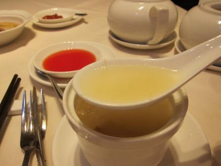 ロイヤルホテル内の上海料理 『梓園』_a0151580_17543636.jpg