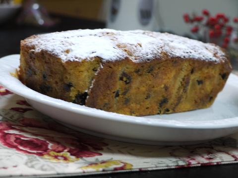 ナナママカフェの大人パウンドケーキ。_b0116313_22433267.jpg