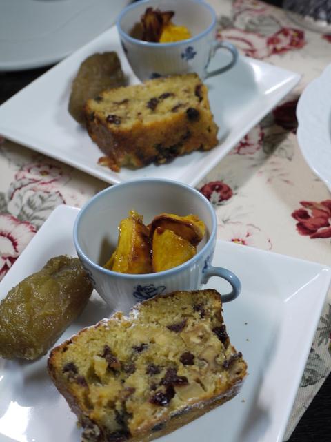 ナナママカフェの大人パウンドケーキ。_b0116313_2248307.jpg