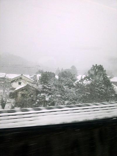 日本の車窓から_a0231828_2254216.jpg