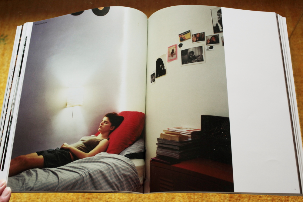Alec Soth 「Fashion Magazine by Alec Soth  Paris Minnesota」_c0016177_9411738.jpg