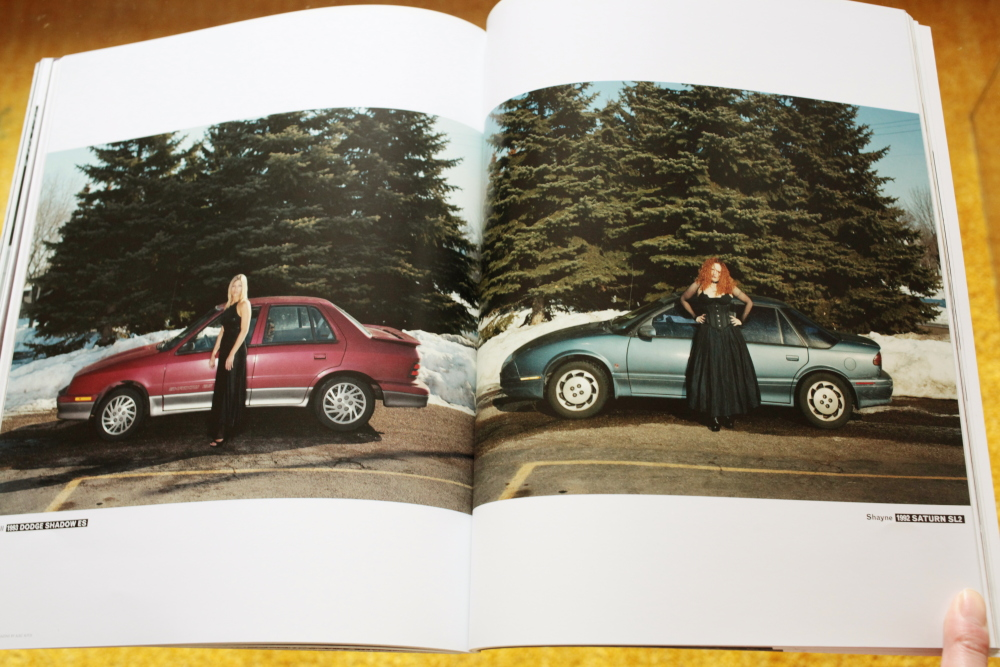 Alec Soth 「Fashion Magazine by Alec Soth  Paris Minnesota」_c0016177_9413637.jpg