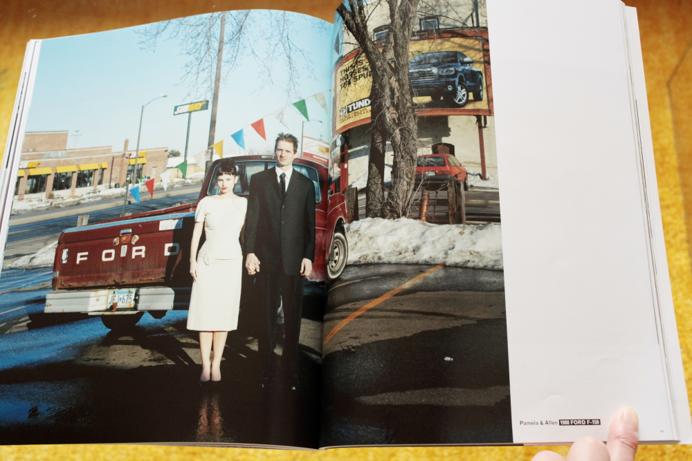 Alec Soth 「Fashion Magazine by Alec Soth  Paris Minnesota」_c0016177_9414289.jpg