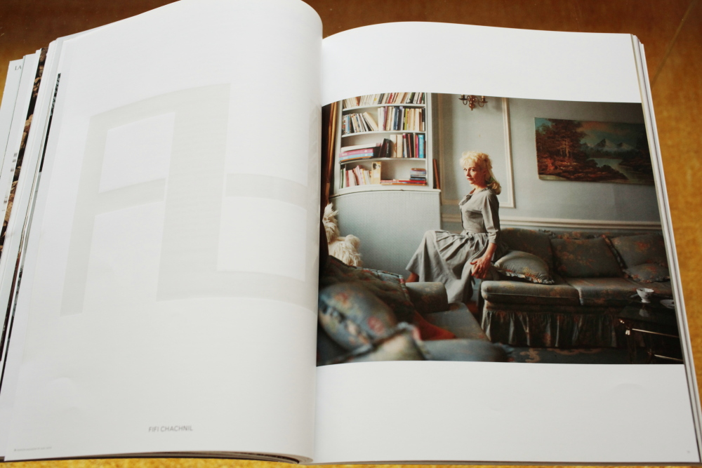 Alec Soth 「Fashion Magazine by Alec Soth  Paris Minnesota」_c0016177_94162.jpg