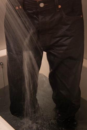 ジーンズを履いて風呂に浸かる。_a0281778_11432988.jpg