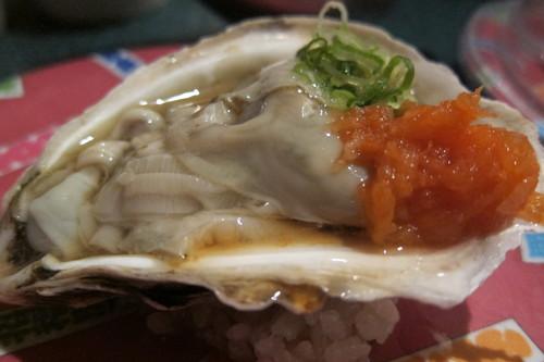 パリセイドモールの回転寿司で、牡蠣めっけ♪_d0240098_1148228.jpg