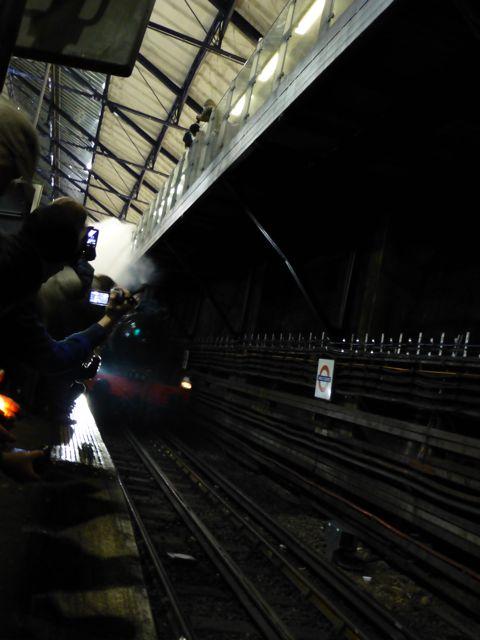 ロンドンの地下鉄150周年記念_f0096017_3213429.jpg