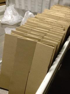 「新しい純米」の出荷のための段ボールづくり_d0007957_23165121.jpg