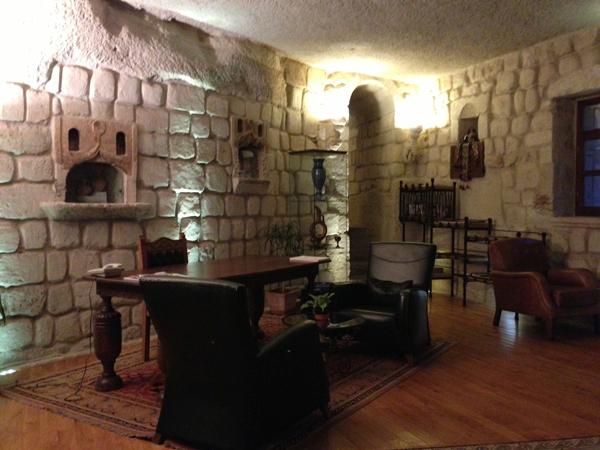 トルコ旅行   ギョレメの洞窟ホテル_e0154202_1638640.jpg