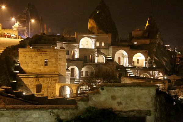 トルコ旅行   ギョレメの洞窟ホテル_e0154202_1642356.jpg