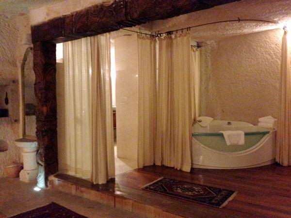 トルコ旅行   ギョレメの洞窟ホテル_e0154202_1649103.jpg