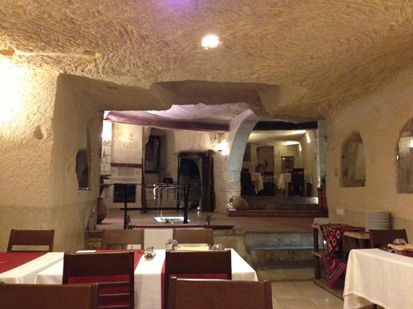 トルコ旅行   ギョレメの洞窟ホテル_e0154202_16551989.jpg