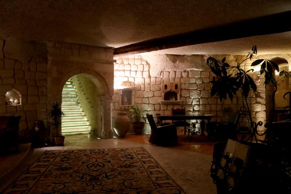 トルコ旅行   ギョレメの洞窟ホテル_e0154202_16561484.jpg