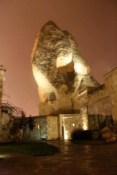 トルコ旅行   ギョレメの洞窟ホテル_e0154202_16585933.jpg