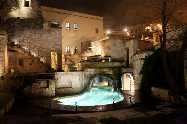 トルコ旅行   ギョレメの洞窟ホテル_e0154202_16591496.jpg