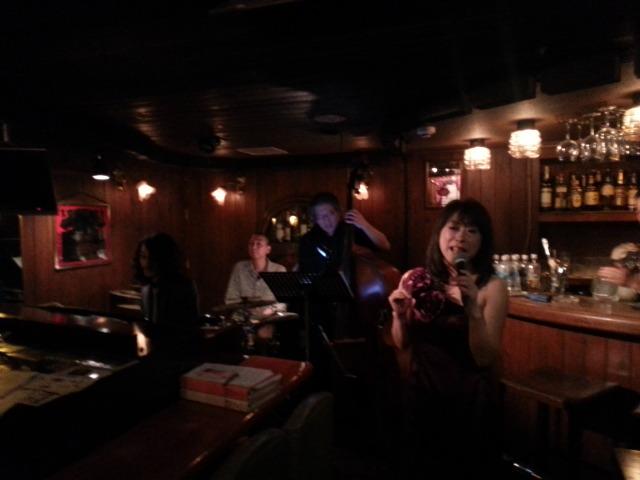 IZUMIとっても楽しかったです♪明けて本日はワインバークリマに出演いたします。_f0178313_2165922.jpg