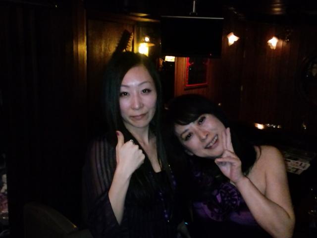 IZUMIとっても楽しかったです♪明けて本日はワインバークリマに出演いたします。_f0178313_2181947.jpg