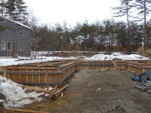 amr-H基礎コンクリート打設しました。_c0218716_17327100.jpg