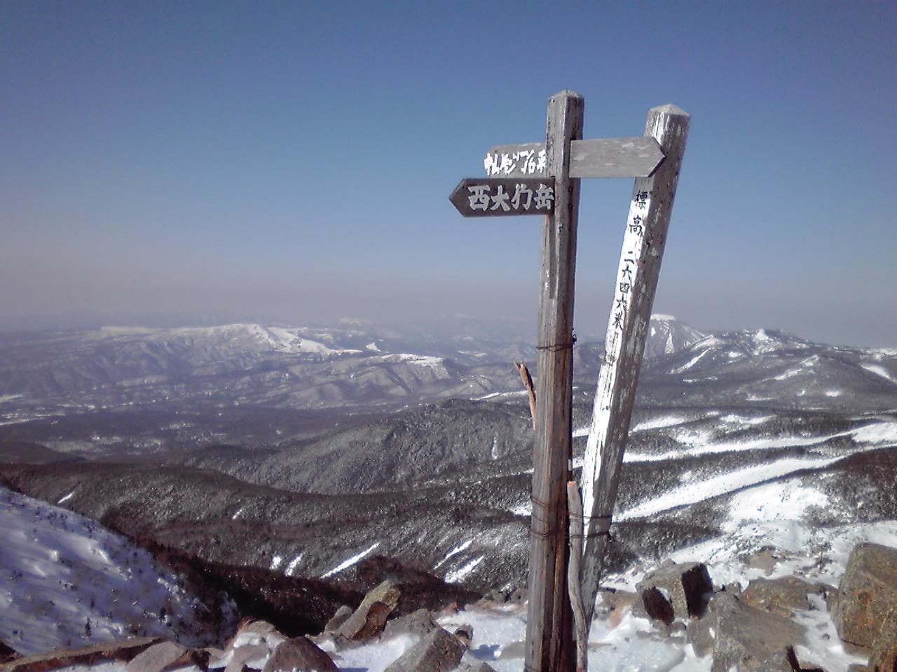 山頂_e0155231_7425757.jpg