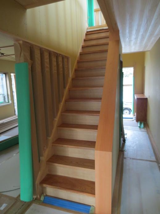 F邸(3) 階段板_c0105163_033083.jpg