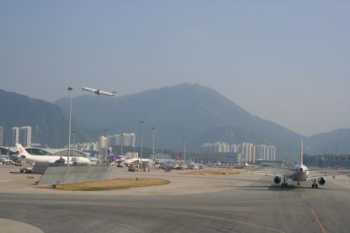 旅日記 香港 2011SEP 台北乗り継ぎ〜香港_f0059796_22443482.jpg