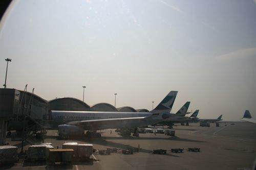 旅日記 香港 2011SEP 台北乗り継ぎ〜香港_f0059796_22444967.jpg