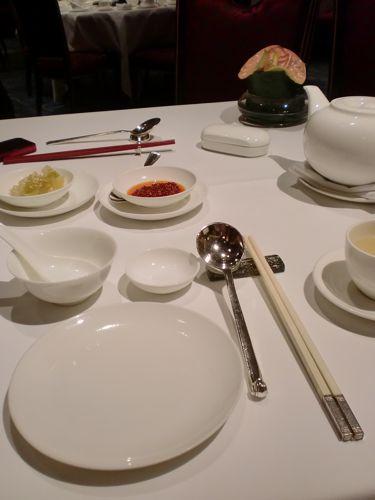 旅日記 香港 2011SEP 7 アイランドシャングリラ「夏宮」で飲茶_f0059796_2344419.jpg